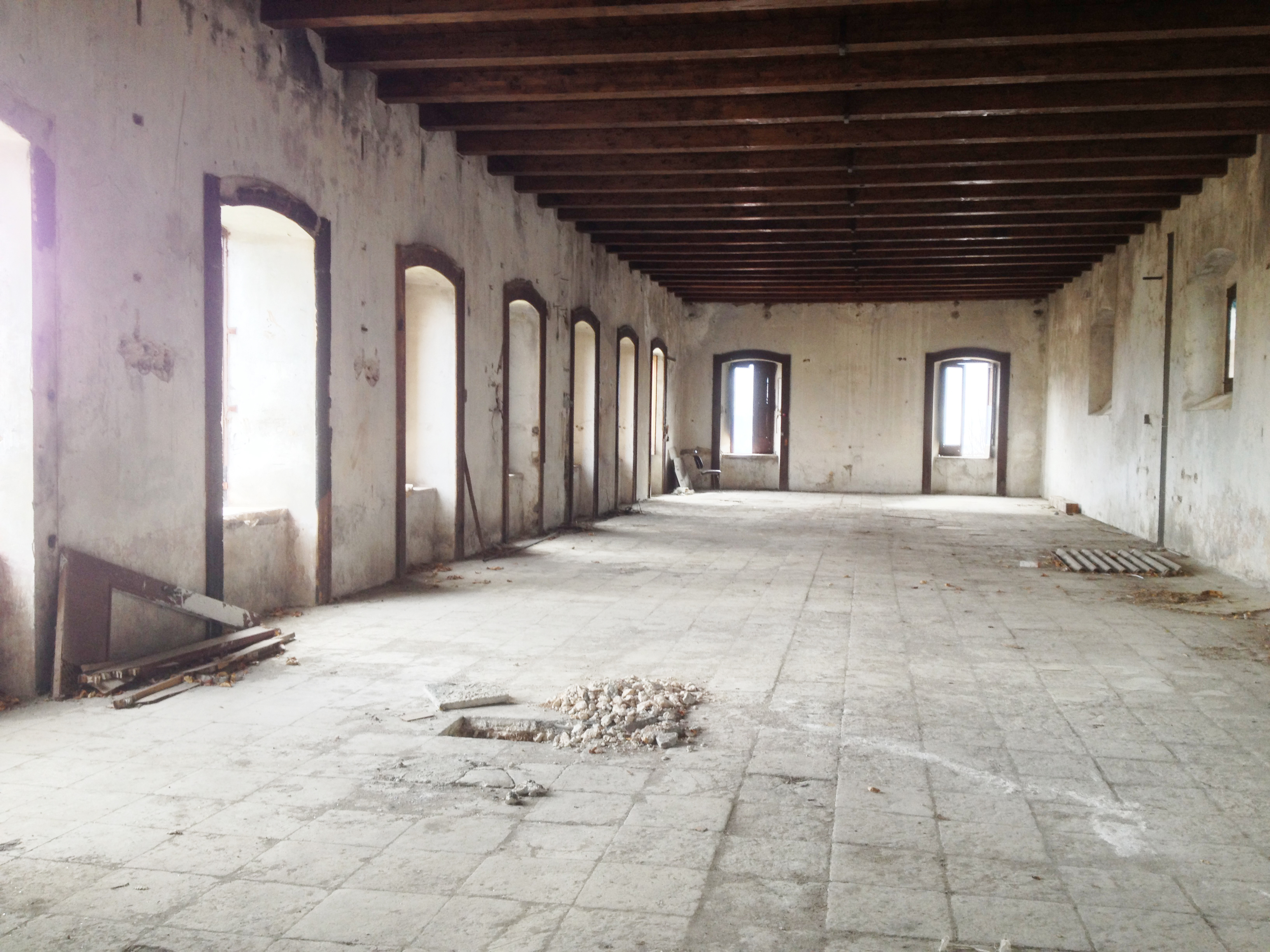 La Filanda dei Quintieri - La Sala Grande prima del restauro